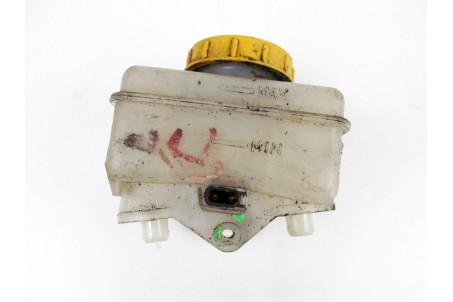 Бачок главного тормозного цилиндра Subaru Legacy (BL) 03-09 26451AG010 (60)
