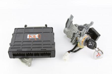 Блок управления двигателем комплект 2.0 МКПП Mitsubishi Outlander (CU) 2003-2008 1860A154 (1037)
