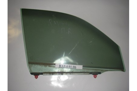 Стекло двери переднее правое Toyota RAV-4 II 00-05 6810142120 (1304)