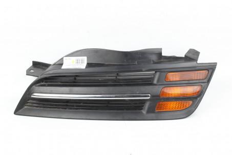 Решетка радиатора левая до рест Nissan Micra (K12) 2002-2011  (1708)
