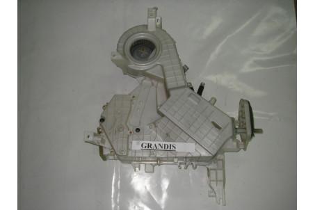 Печка салона дополнительная Mitsubishi Grandis 2004-2010 MR958089 (3250)