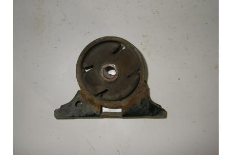Подушка мотора передняя Mitsubishi Galant (DJ) 2003-2012 MR589152 (8686)